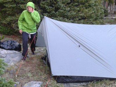 bear paw shelter on rocky ground
